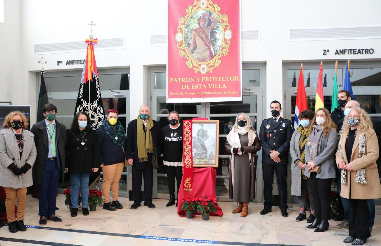 Una imagen en blanco y negro de San Sebastián anuncia los actos en honor al Patrón de Cartaya