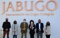 María Eugenia Limón afirma que la D.O.P. Jabugo es un «ejemplo de desarrollo socioeconómico sostenible» provincial