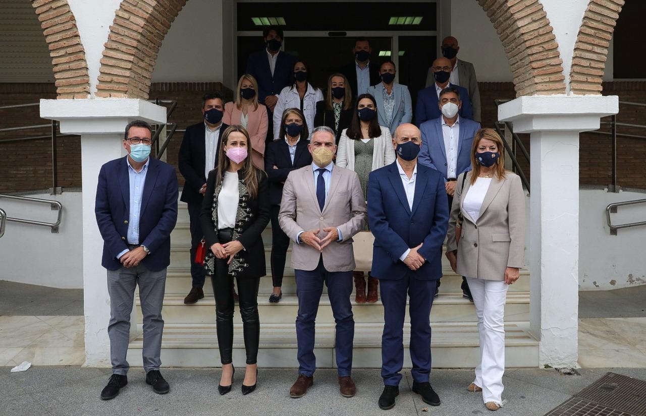 Elías Bendodo destaca las inversiones de la Junta de Andalucía en Lepe