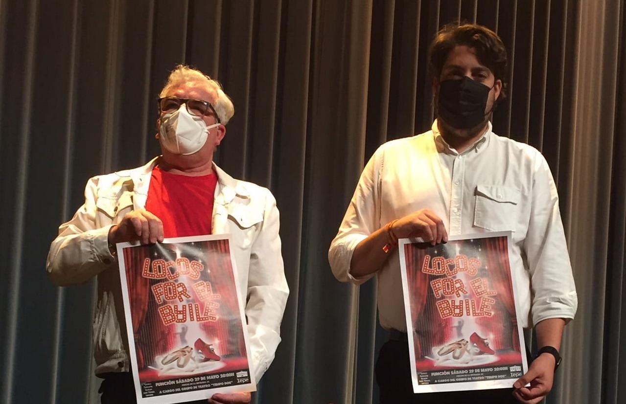 Cultura presenta la obra de teatro «Locos por el baile» del grupo local «Tempo Dos»