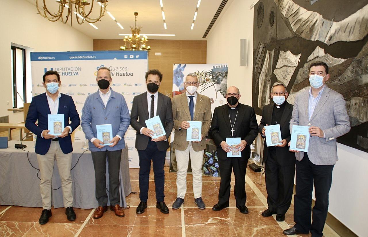 Diputación edita 300 ejemplares del libro 'Historia y teología de los títulos Rocío y Blanca Paloma', de Manuel J. Carrasco Terriza