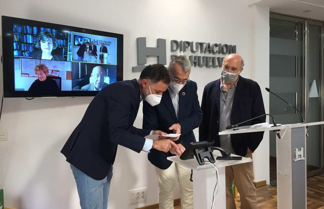 'Los apuntes de Humboldt', del colombiano Daniel Montoya Álvarez, gana el Premio Iberoamericano de Poesía Juan Ramón Jiménez 2021