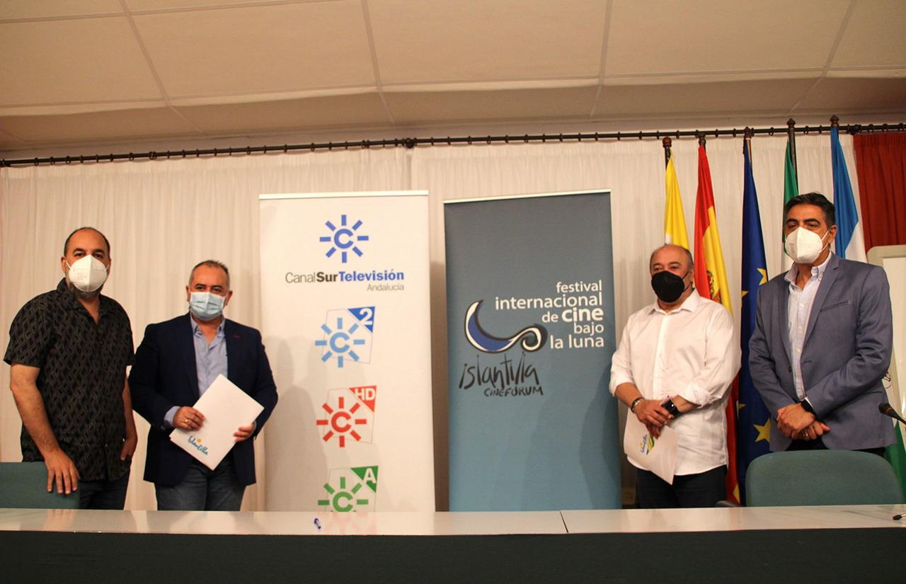 RTVA y Mancomunidad de Islantilla renuevan el convenio de colaboración que promoverá un año más el cine andaluz exhibido en el Festival Internacional de Cine bajo la Luna de Islantilla