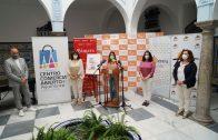 Comercios y establecimientos hosteleros de Ayamonte acogen ya las obras participantes en «Muestrarte»