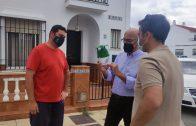 El Ayuntamiento de Lepe instala trampas de procesionaria en diferentes zonas del municipio