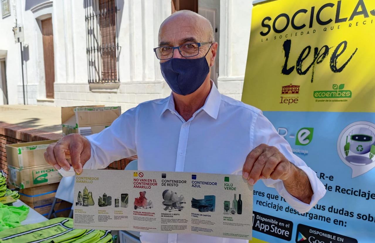 El Ayuntamiento de Lep continúa con las actividades de concienciación dentro de la campaña medioambiental «Sociclaje Lepe. La sociedad que recicla, reduce, reutiliza»