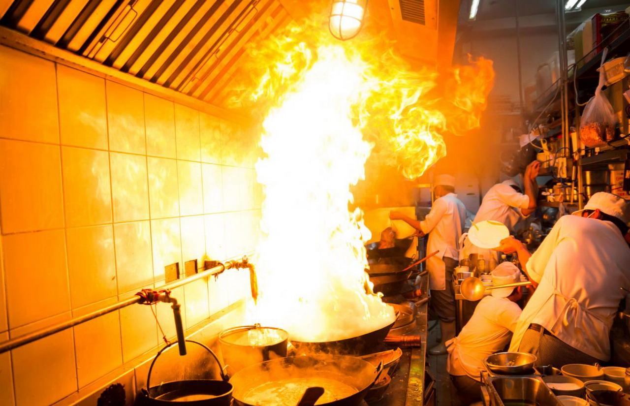 «Ayúdanos a Ayudarte: Los incendios provocados por aceite»