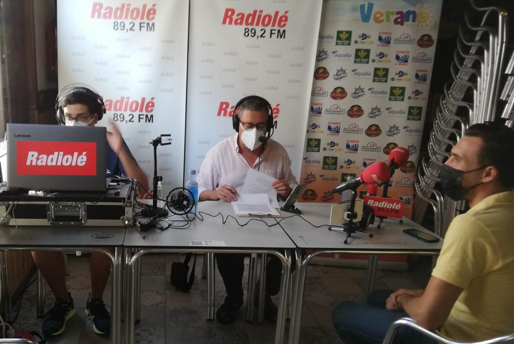 «Ruta de Verano» El jamón y los productos del cerdo como protagonista en «Juan Pérez Jamones» en Isla Cristina