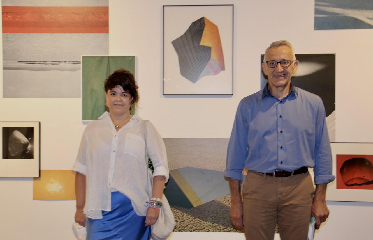"""Esther Morcillo exhibe en la Sala de la Provincia la """"descomposición y recomposición de la realidad"""" de su exposición Time-Life"""